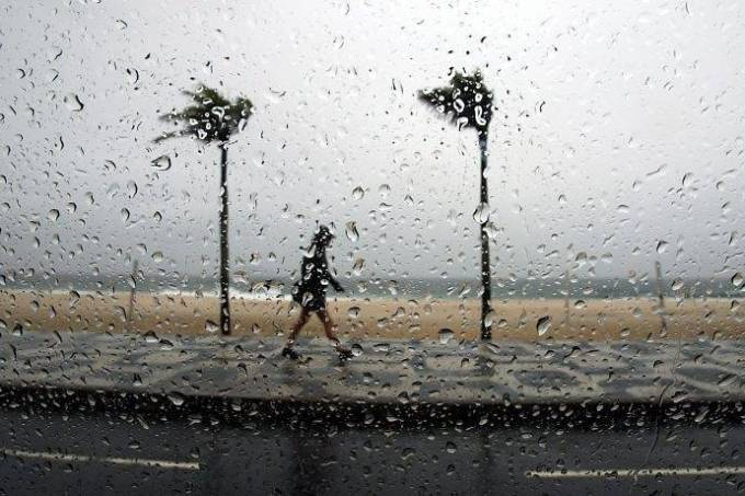 chuva-praia