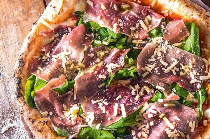 Salsiccia e funghi – Ciao Pizzeria Napoletana – Poa