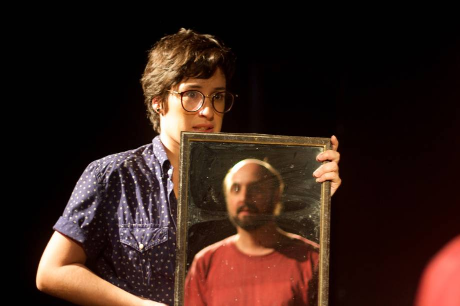 Corpo: cinco peças curtas de Silvia Gomez, Carla Kinzo, Fernanda Rocha, Lucas Mayor e Marcos Gomes