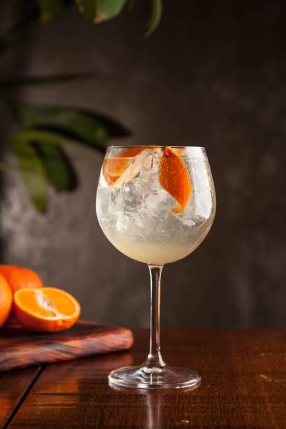 Gim-tônica: drinque é preparado com tangerina