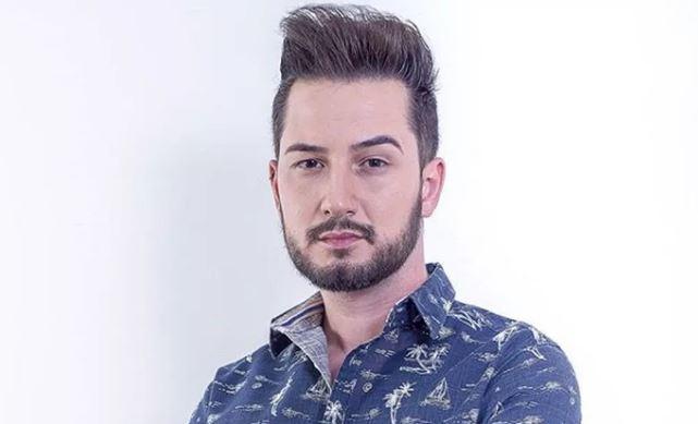 Cantor sertanejo Glaucio Lopes