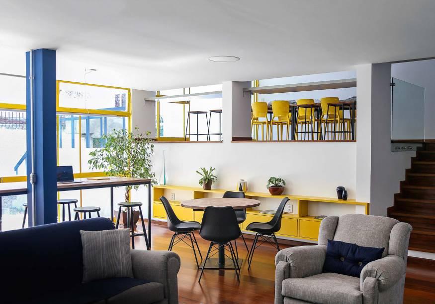Área social de uma unidade da Amora: quarto por até 3 000 reais por mês no Alto de Pinheiros