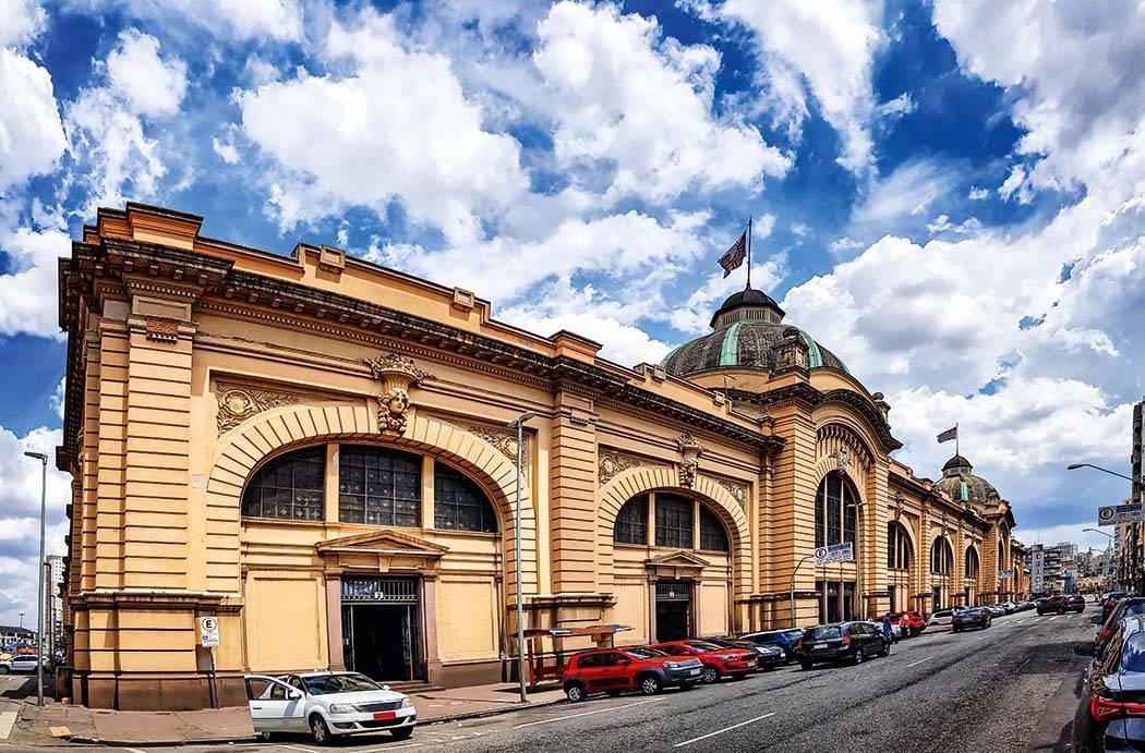 Mercado Municipal permanece aberto durante a quarentena