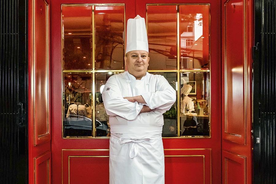 O chef: retrato no restaurante quando ainda estava aberto