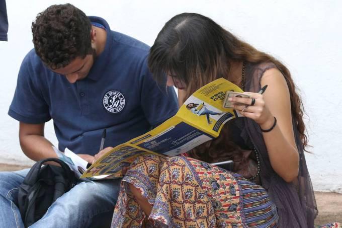 Estudantes no Enem