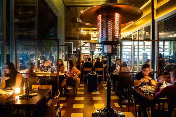 Capa – Reabertura de bares e restaurantes – Moma