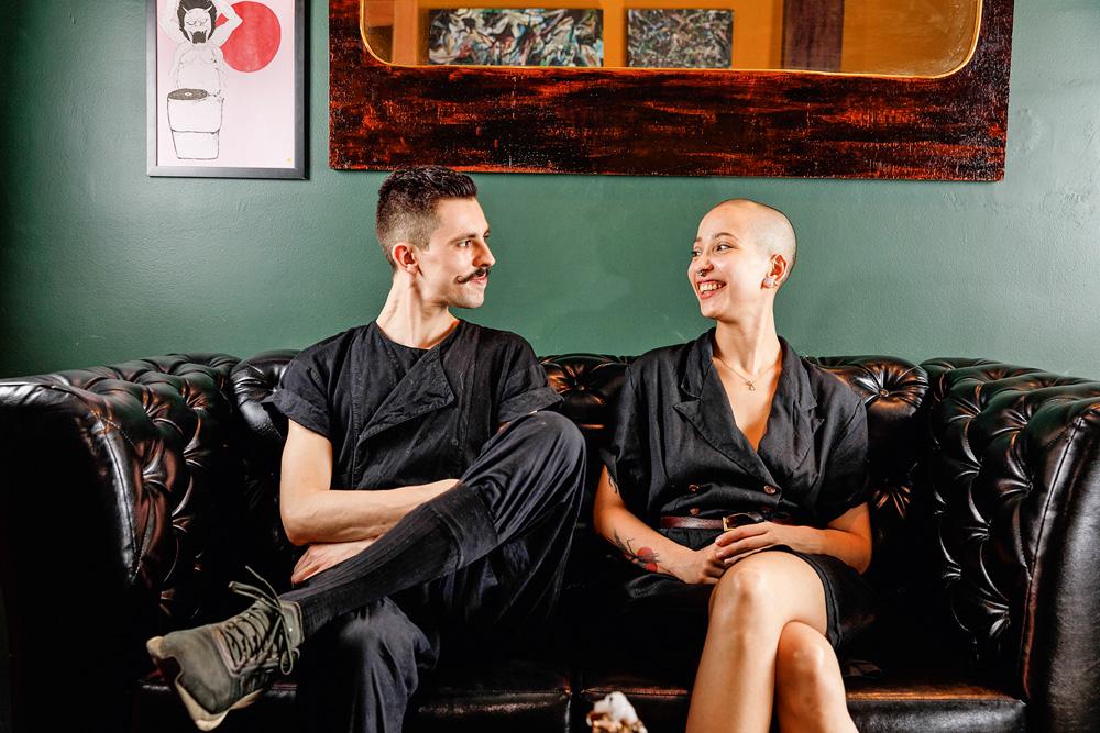 Juglio Ortiz e Nora Brass: à frente do estabelecimento