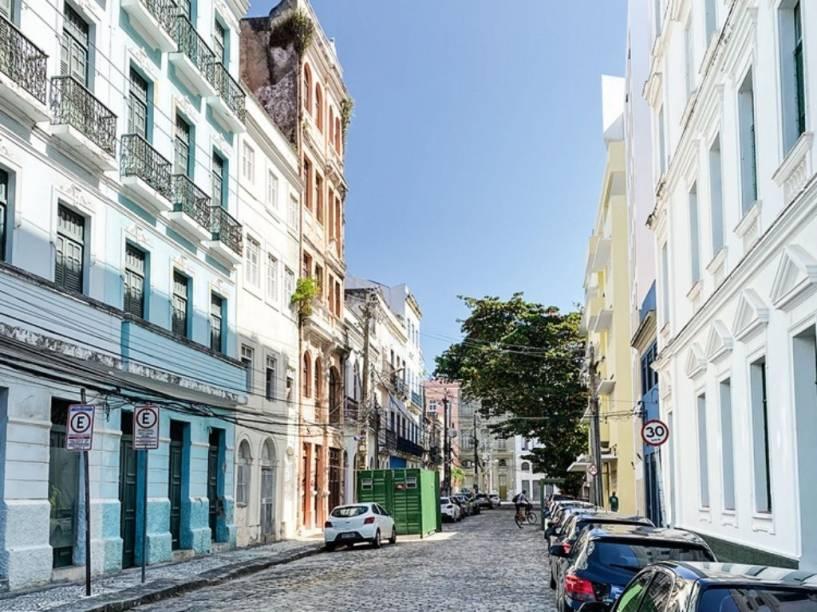 Casarios no Recife Antigo: reformas internas podem esperar anos por uma aprovação