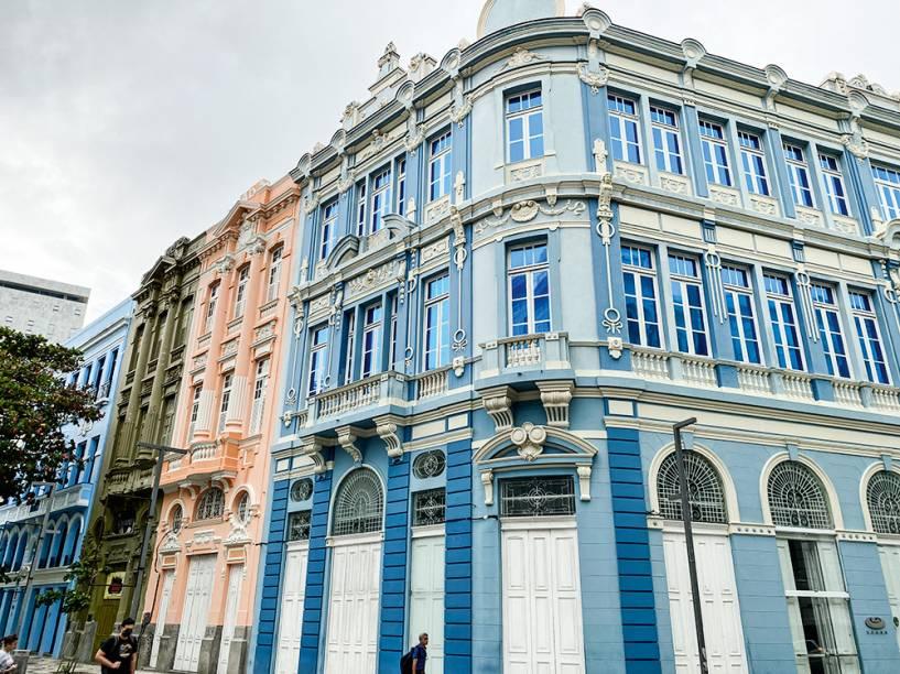 Casario no Recife Antigo: reformas internas podem esperar anos por uma aprovação
