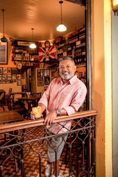 Giba: montou o bar no final dos anos 80