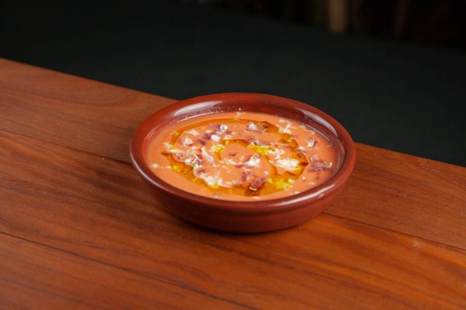 Sopa fria: com tomate e jamón