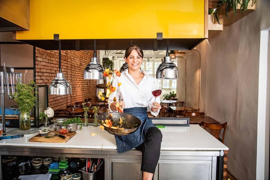 Elisa Fernandes: tem o desafio de fazer uma ótima cozinha e, ao mesmo tempo, deixar a bebida brilhar
