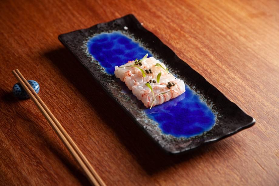 Sashimi de lagostim cru com o cítrico yuzu