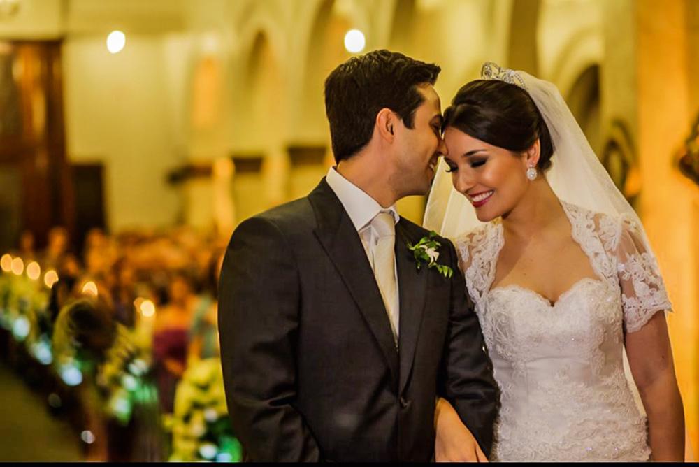 Casamento, em 2013: a pedido do pai de Bia, os dois aguardaram que a moça se formasse