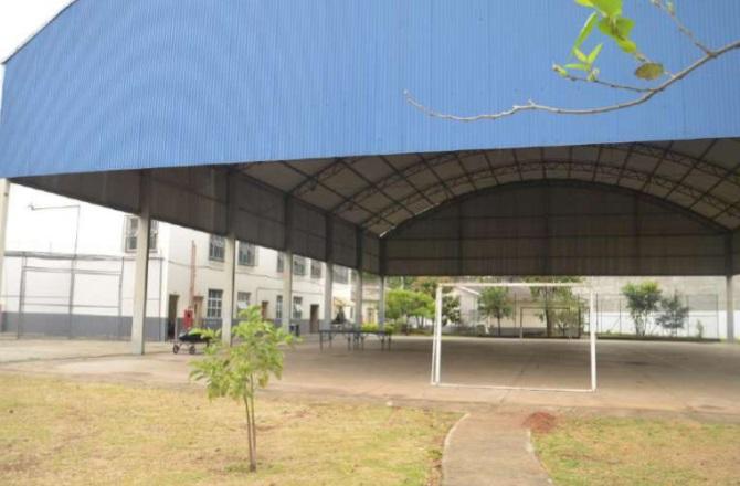 Quadra de unidade onde vive Champinha
