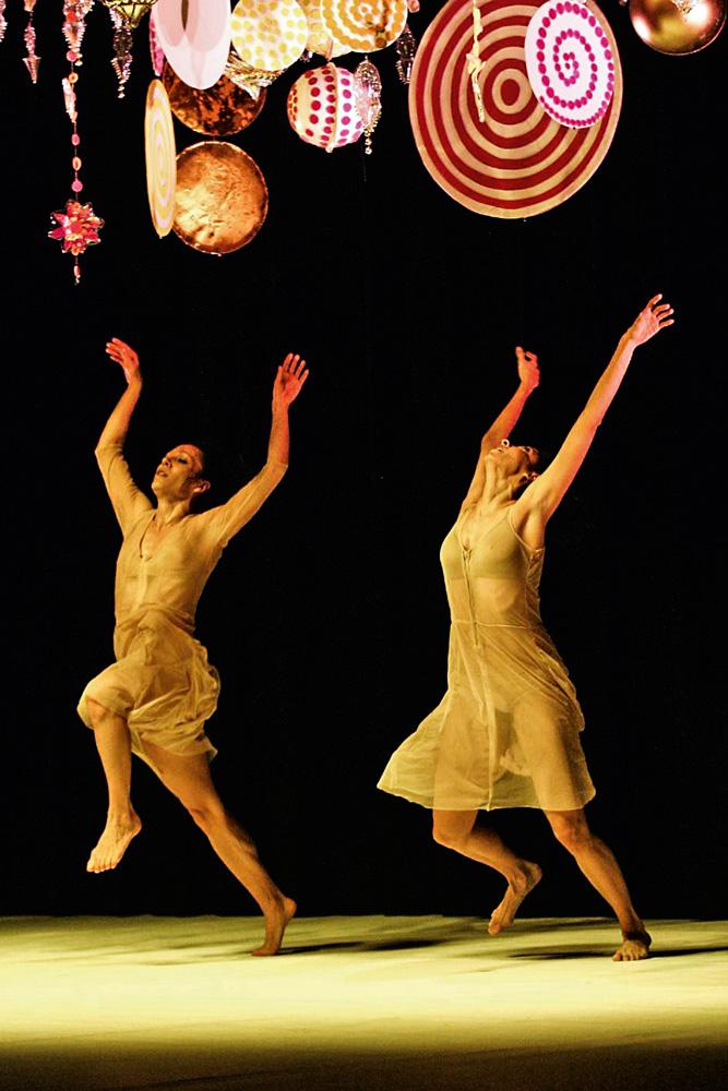 Espetáculo Tempo de Verão (2014), da companhia de Márcia: Beatriz fez ali a primeira versão da escultura Gamboa