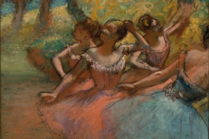 Quatro bailarinas em cena_