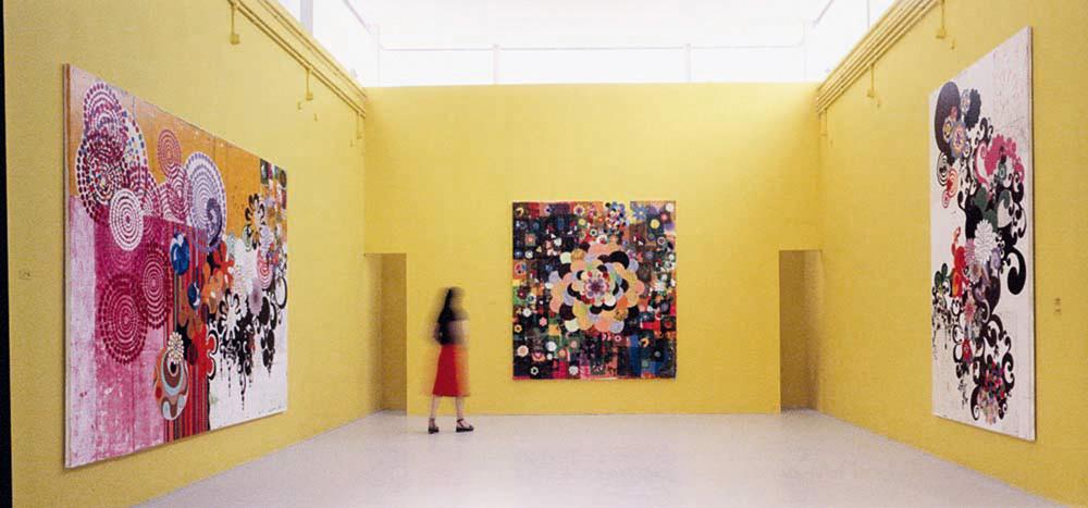 Pavilhão brasileiro na Bienal de Veneza em 2003: sua inserção internacional e participação prestigiosa em uma das mais importantes mostras do circuito artístico mundial também se fez graças a trabalhos em acervos de instituições como o MoMA, de Nova York, e o parisiense Pompidou