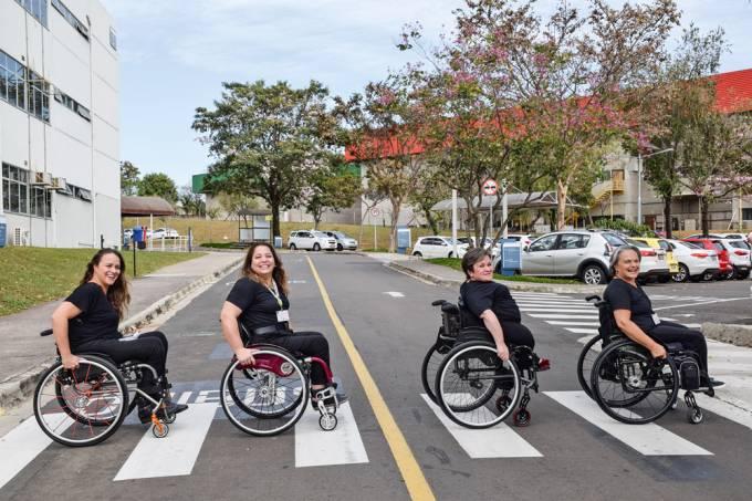 capa livro paraplégica carol