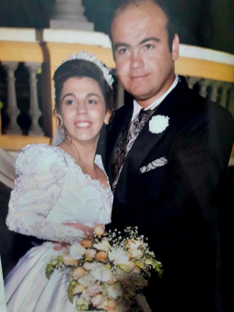 Andréa e Juliano no casamento, em 1998