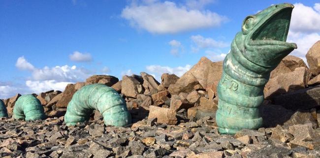 Serpente roubada do parque de esculturas: descaso