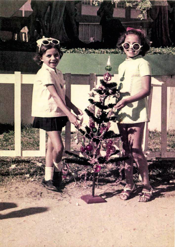 Márcia e Beatriz: parceria das irmãs migrou de dentro de casa para as artes