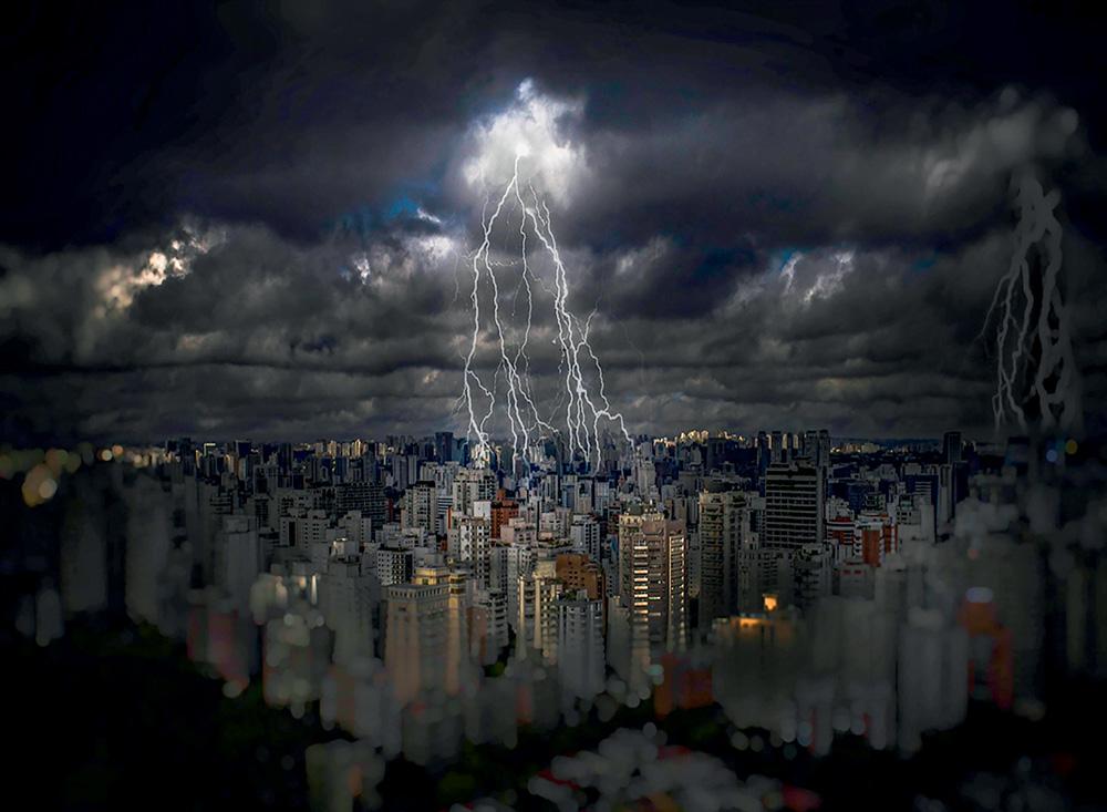 Um flagra de raios sobre a cidade de São Paulos