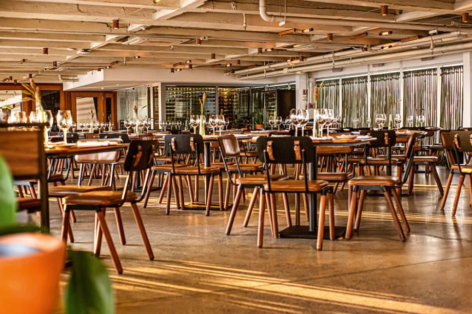 Salão do Vista: com espaço abundante de mesas
