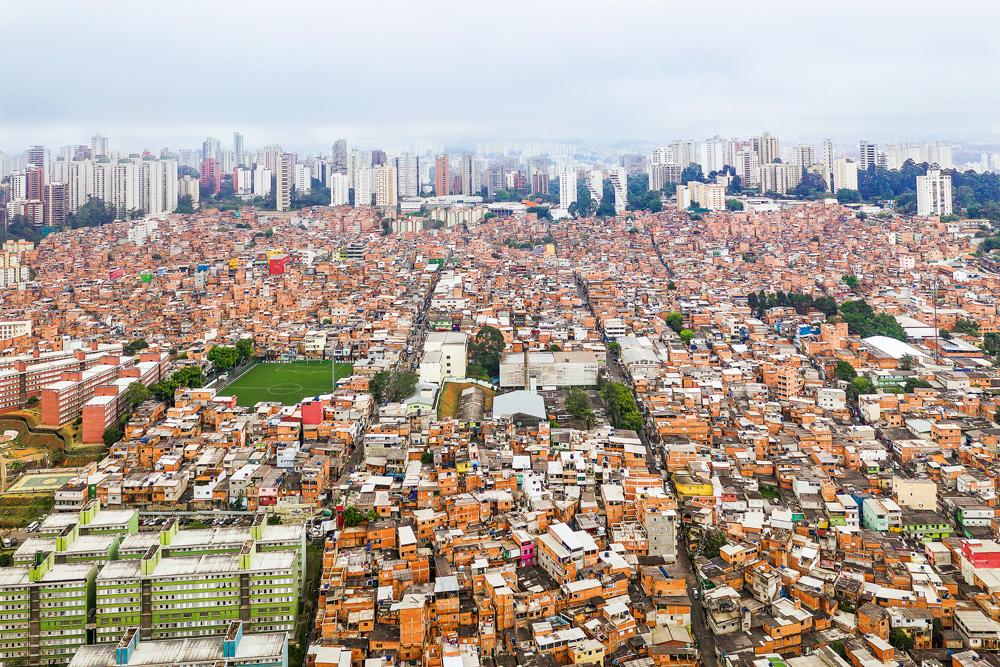 Vista panorâmica da Favela de Paraisópolis, na cidade do Rio de Janeiro