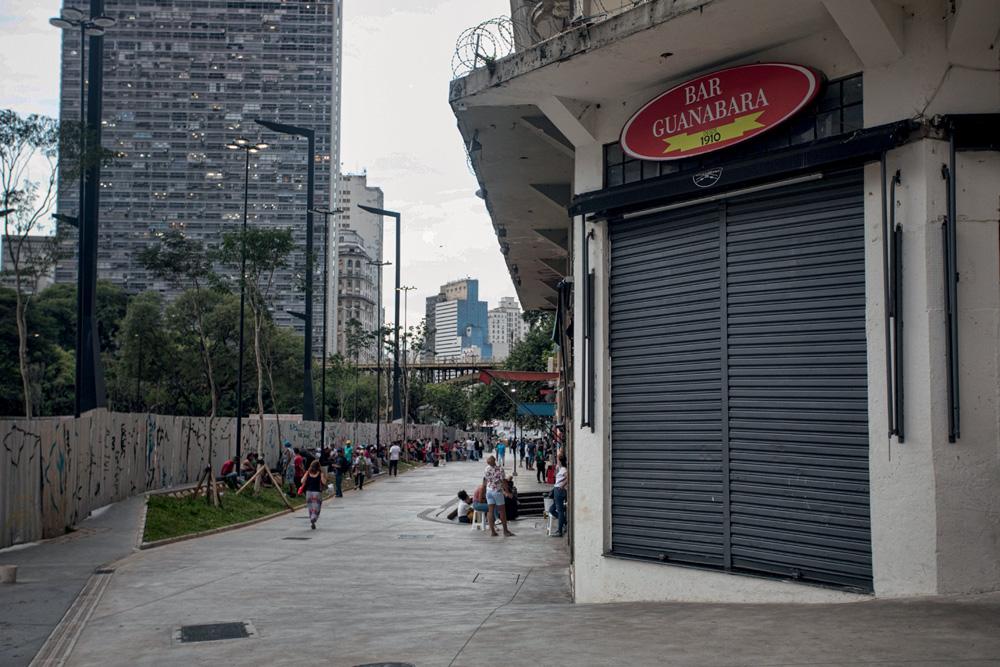 Faixado do Bar Guanabara, fechado