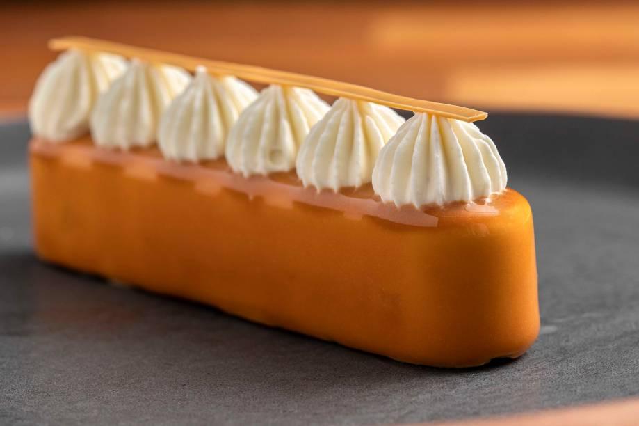 Caramelo: receita leva o doce de açúcar queimado em várias versões
