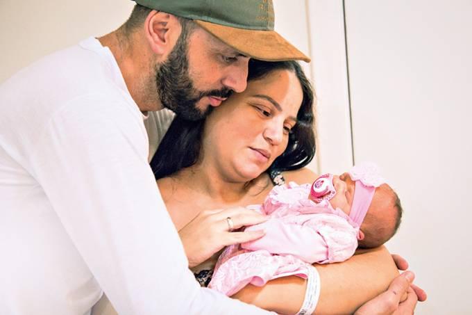 """""""Minha noiva foi para o céu depois de ter dado à luz nossa filha"""""""