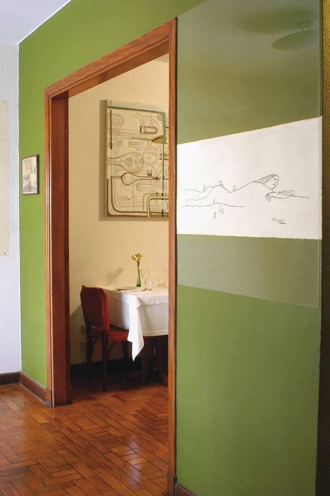 Desenho de Oscar Niemeyer decorando o restaurante Buttina, feito em 1996 quando o arquiteto esteve na casa para o aniversário de um amigo, no bairro Pinheiros.
