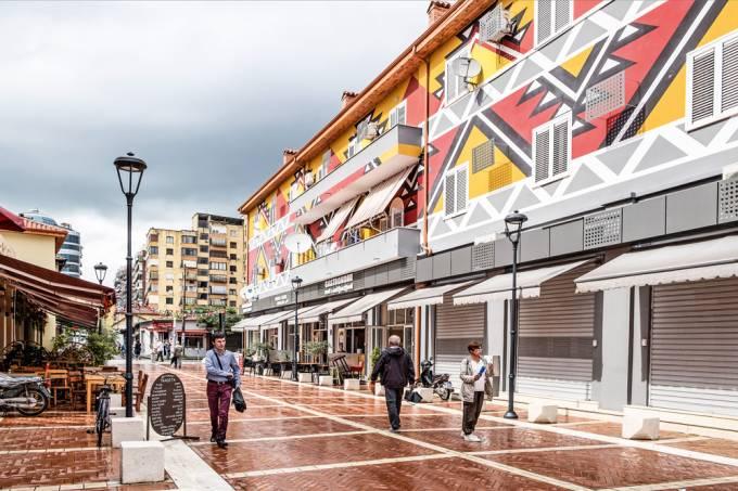Albania, Tirana, daily life
