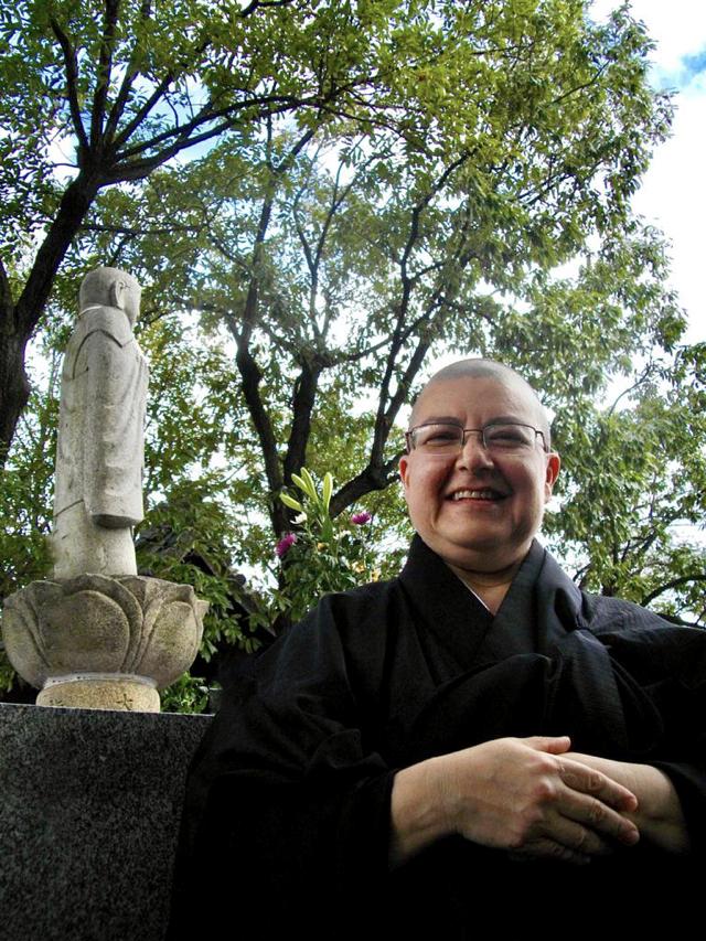 Monja Zentchu passou quase cinco anos no Japão em um mosteiro em Nagoya.