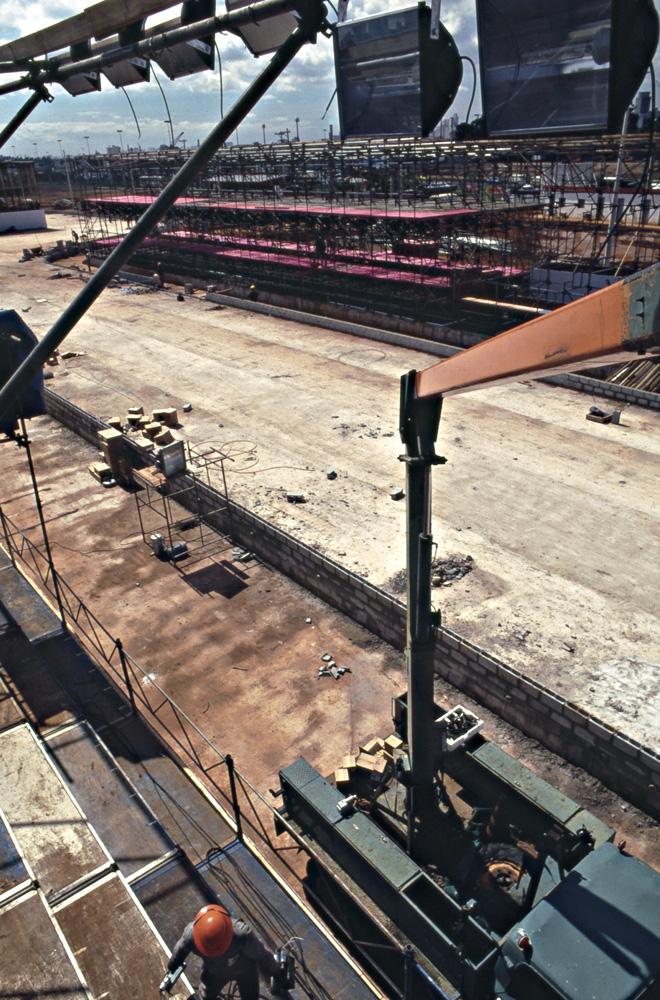 Construção do Sambódromo, no Anhembi