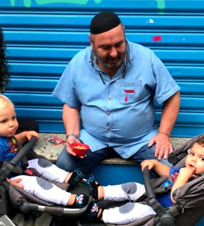 Ben Zion Berlovich e netos
