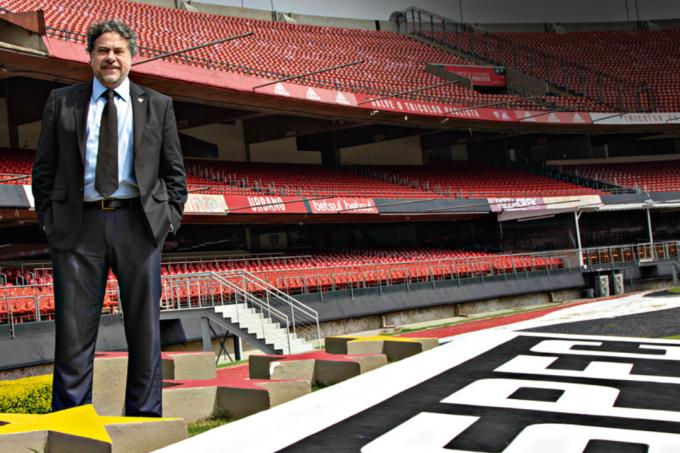 Julio Casares: executivo da área de mídia, o novo presidente do São Paulo diz ter encontrado o clube devastado