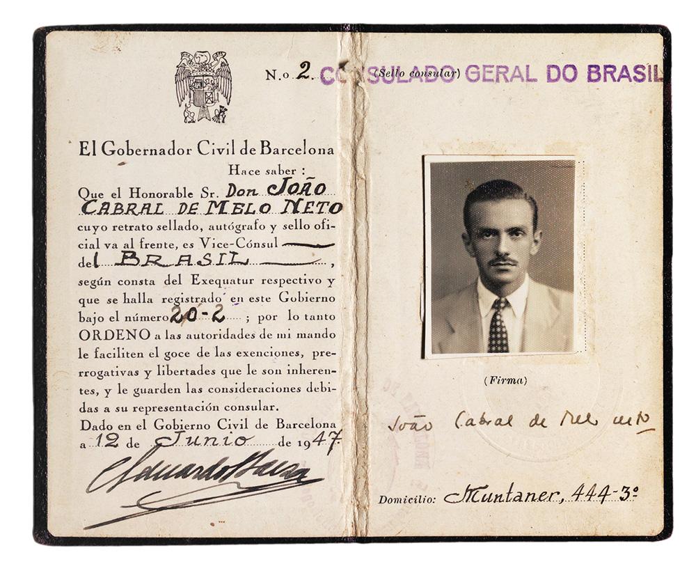 Carteira de vice-cônsul de João Cabral de Melo Neto