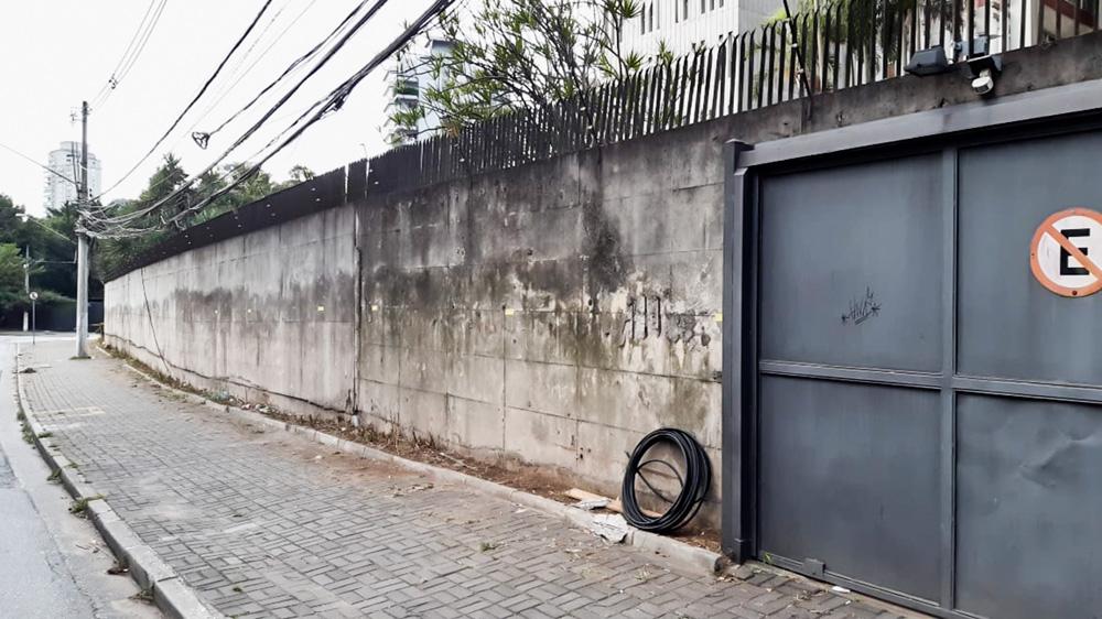 Muro no São Luiz