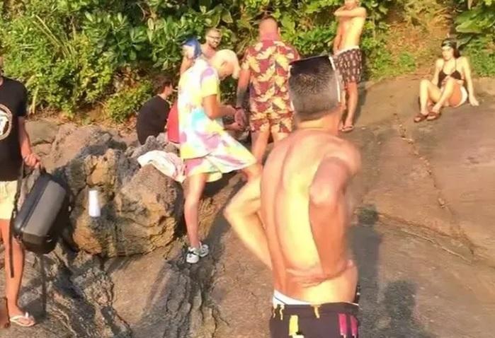 Influenciadores digitais e MC Gui em praia de Bertioga furando medida de lockdown da cidade