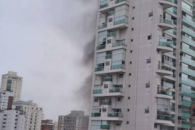 Incêndio em prédio no Campo Belo