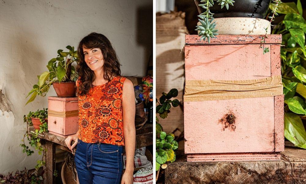 Montagem de duas imagens. À esquerda, Isabel apoiada com o braço em uma mesa que tem sua caixa de criação de abelhas. À direita, a caixa, com o buraco onda há algumas abelhas