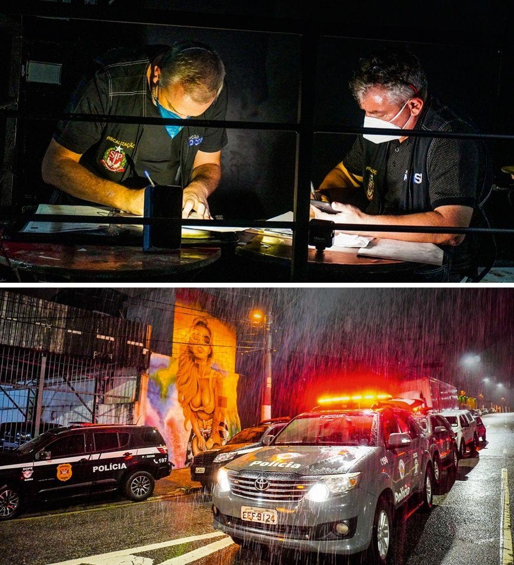 Montagem com duas imagens. Na primeira, dois polícias, praticamente no escuro, estão de máscara e anotando algumas coisa em uma série de documentos sobre duas mesas. Na segunda imagem, carros da polícia durante a noite, com a sirene ligada, na rua, durante uma chuva forte.