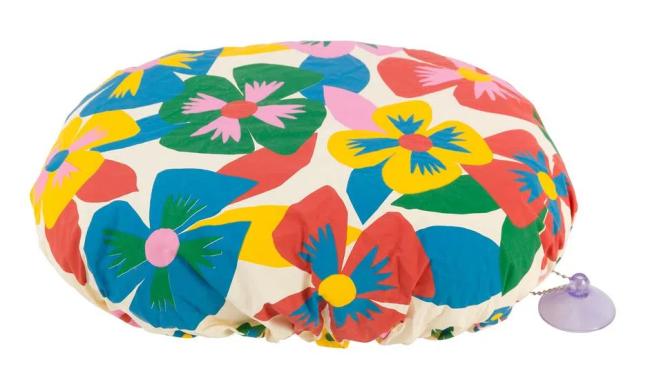 Touca de banho colorida com estampa de flores