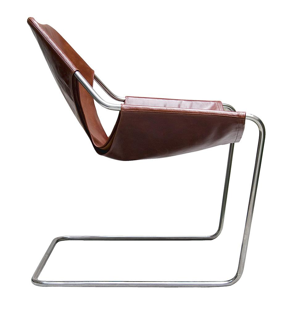foto da cadeira paulistano, de lado