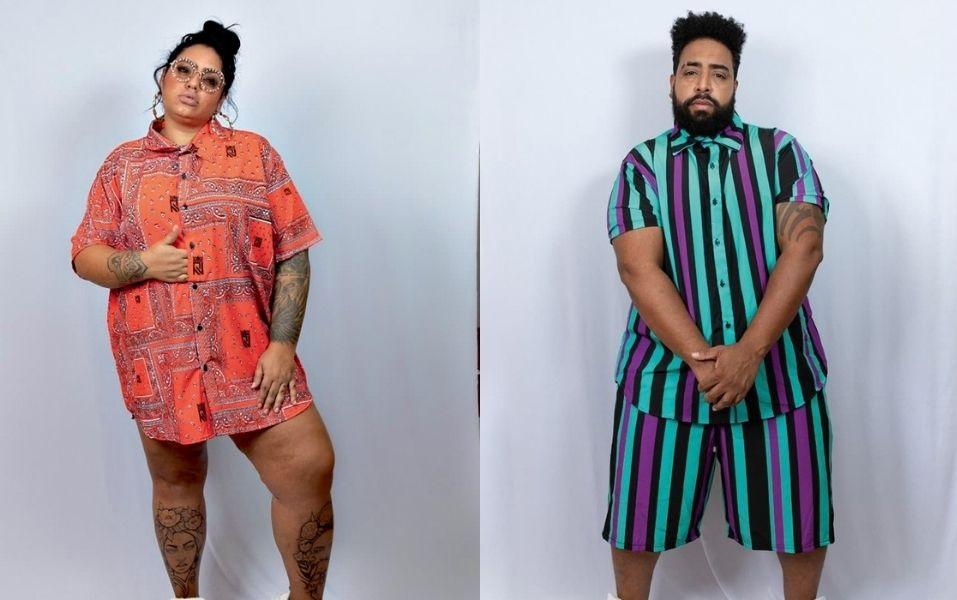 Montagem com dois modelos no mesmo fundo azul claro. O homem veste camiseta e bermuda listrada e a menina uma camiseta laranja