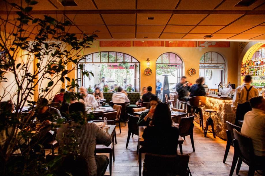 Ambiente do Piccini: salão concorrido