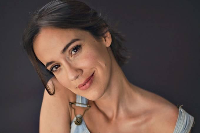 Claudia Campolina (Caio Oviedo)