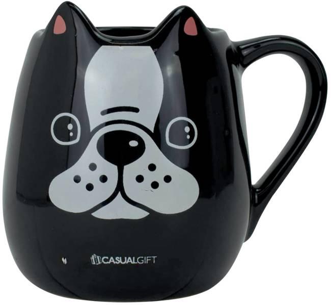 Uma caneca preta com o foucinho de um cachorro desenhado